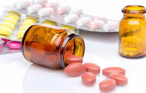 Điều trị sùi mào gà bằng thuốc kháng sinh