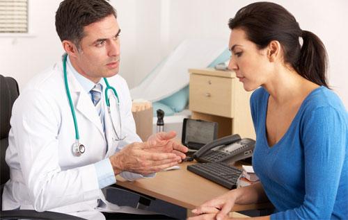 Bệnh lậu giai đoạn đầu có diễn biến như thế nào?
