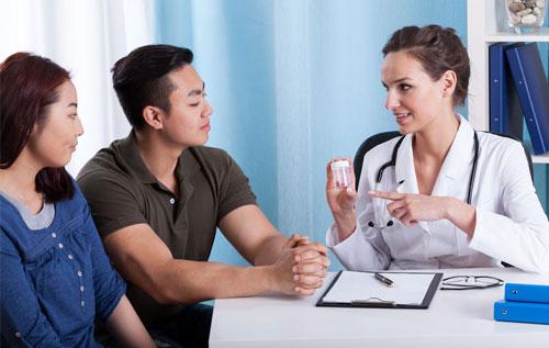 Bệnh nhân nên tìm gặp bác sĩ để được thăm khám và điều trị phù hợp