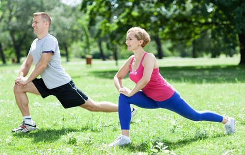 Để ngăn ngừa rò hậu môn bạn nên thường xuyên vận động cơ thể